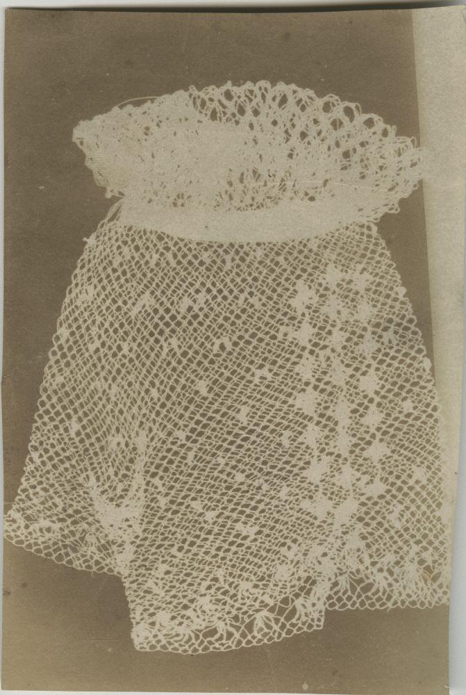 Nevil STORY-MASKELYNE (English, 1823-1911) Lace cuff, circa 1840-1842 Photogenic drawing 16.2 X 11.0 cm