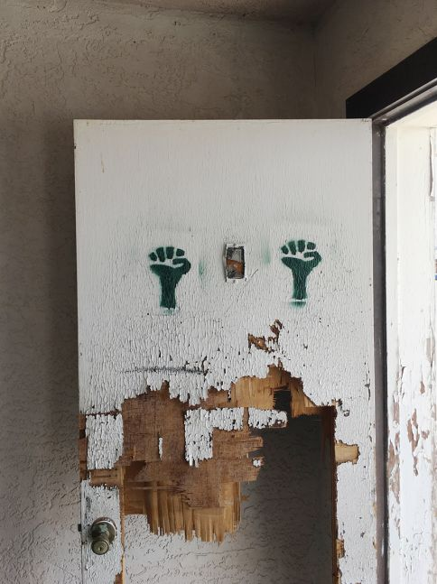 Green fists, Coaldale Junction, Nevada, 2017