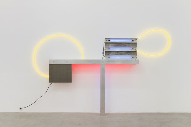 Image of neon sculpture by Keith Sonnier