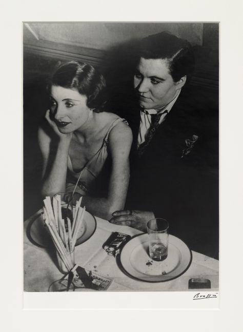 Black and white silver gelatin print of lesbian couple at Le Monocle, Paris.
