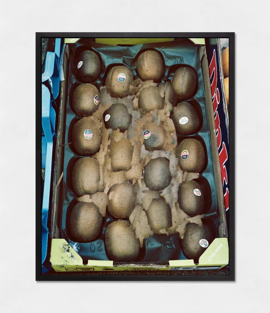 LUCAS BLALOCK  Perfect Kiwis 2017 Archival inkjet print, framed Ed. 2/3 + 2 AP Image 84.5 x 106.5 cm / 33 1/4 x 42 in  BLALO45199