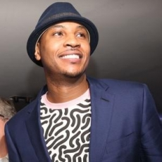 """Carmelo Anthony scores at auction"""