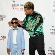 Usher and Son Attend 2017 Gordon Parks Foundation Awards Gala