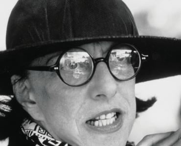 Phyllis Kind