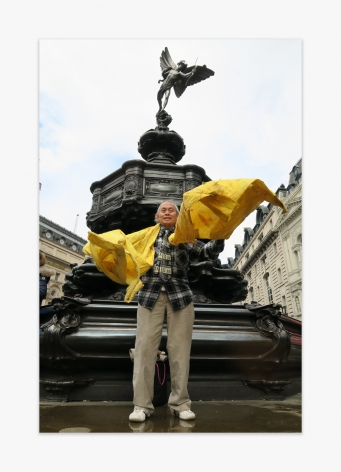 David Medalla Eros Statue Picadilly Circus London, 2016