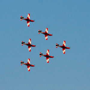 RAAF Roulettes in formation