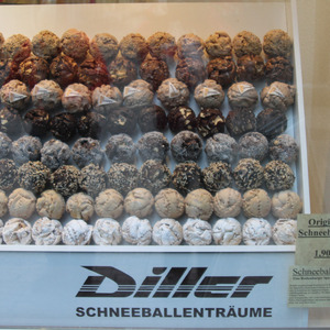 Schneeball display