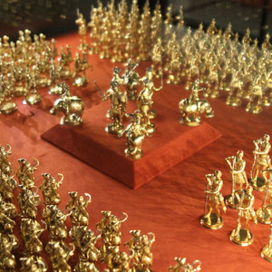 Golden toy soldiers