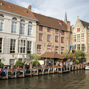 Canal and buildings in Bruges