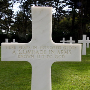 Gravestone of an unknown soldier at the American Cemetery