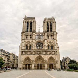Notre Dame before the crowds