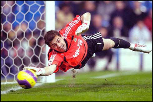 Iker-casillas-goalkeeper