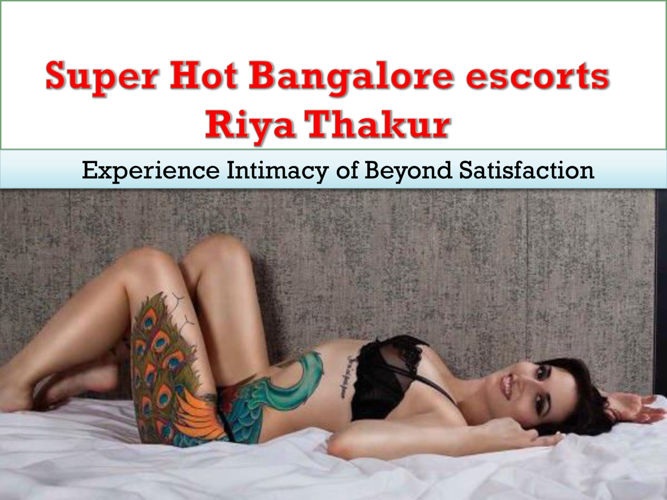Stunning Call Girl in Banglaore Riya thakur