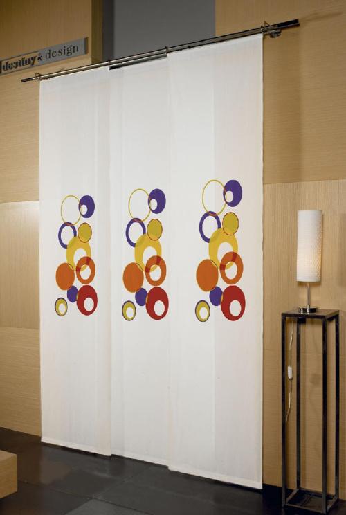 Panel japonés y puertas plegables