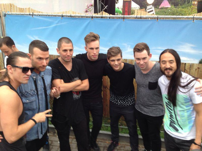 Tomorrowland 2014 00 (2)