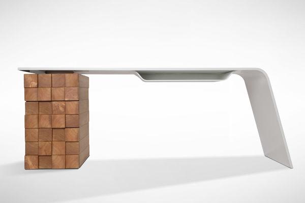 High-tech-office-desk-Katedra-by-Desnahemisfera-1