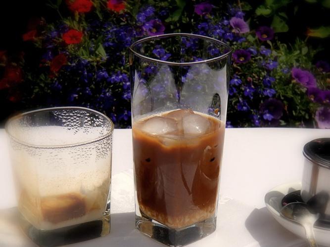 CAFEA CU GHEATA VIETNAMEZA