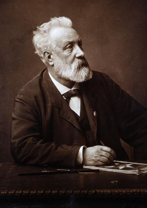 Julius Verne (Ingmar Akkerman)
