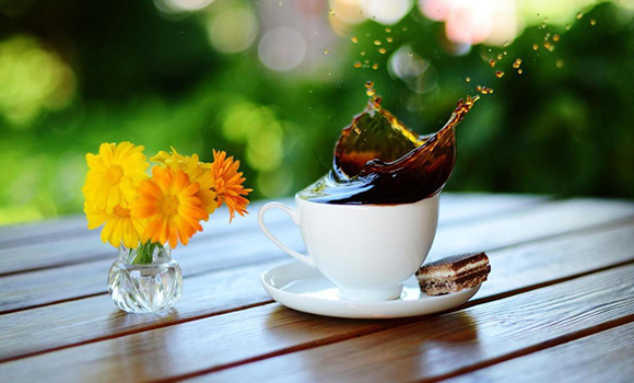 flower_and_coffee_1893374333.
