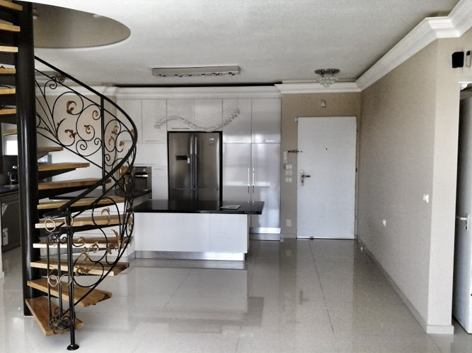 New penthouse 5 rooms for sale in Hadera near the sea