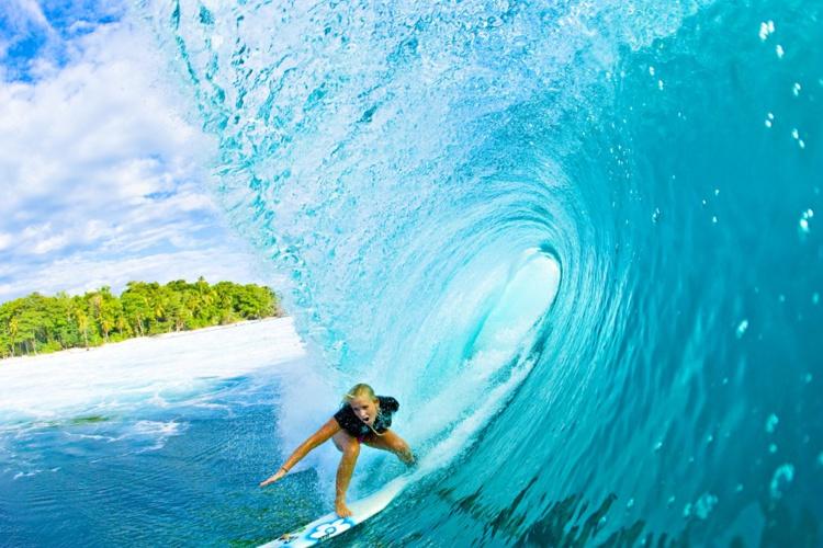 Bethany Hamilton the soul surfer