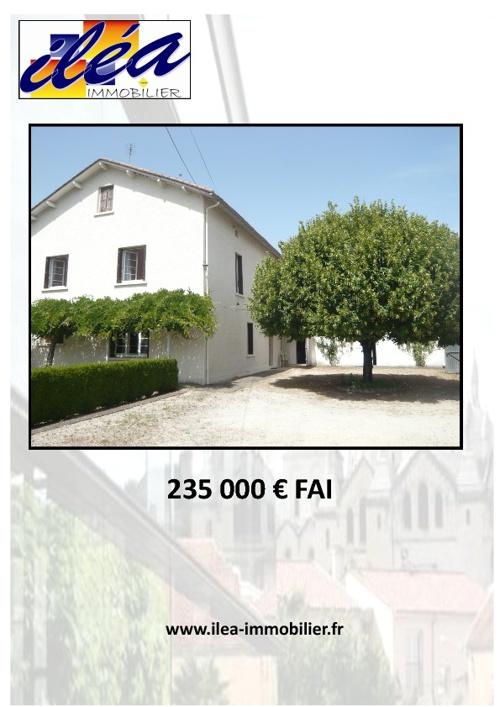 Maison de 300 m²