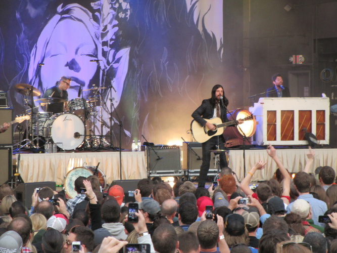 Avett Brothers at the LC 5/25/2013