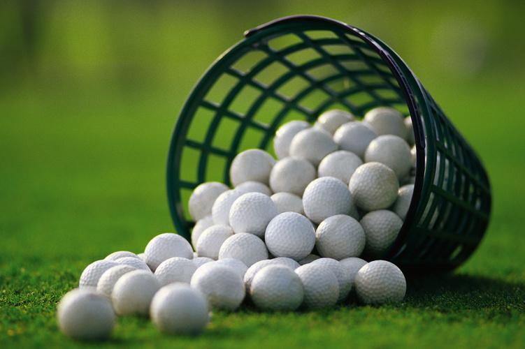 Golf_Range_Balls_Stock