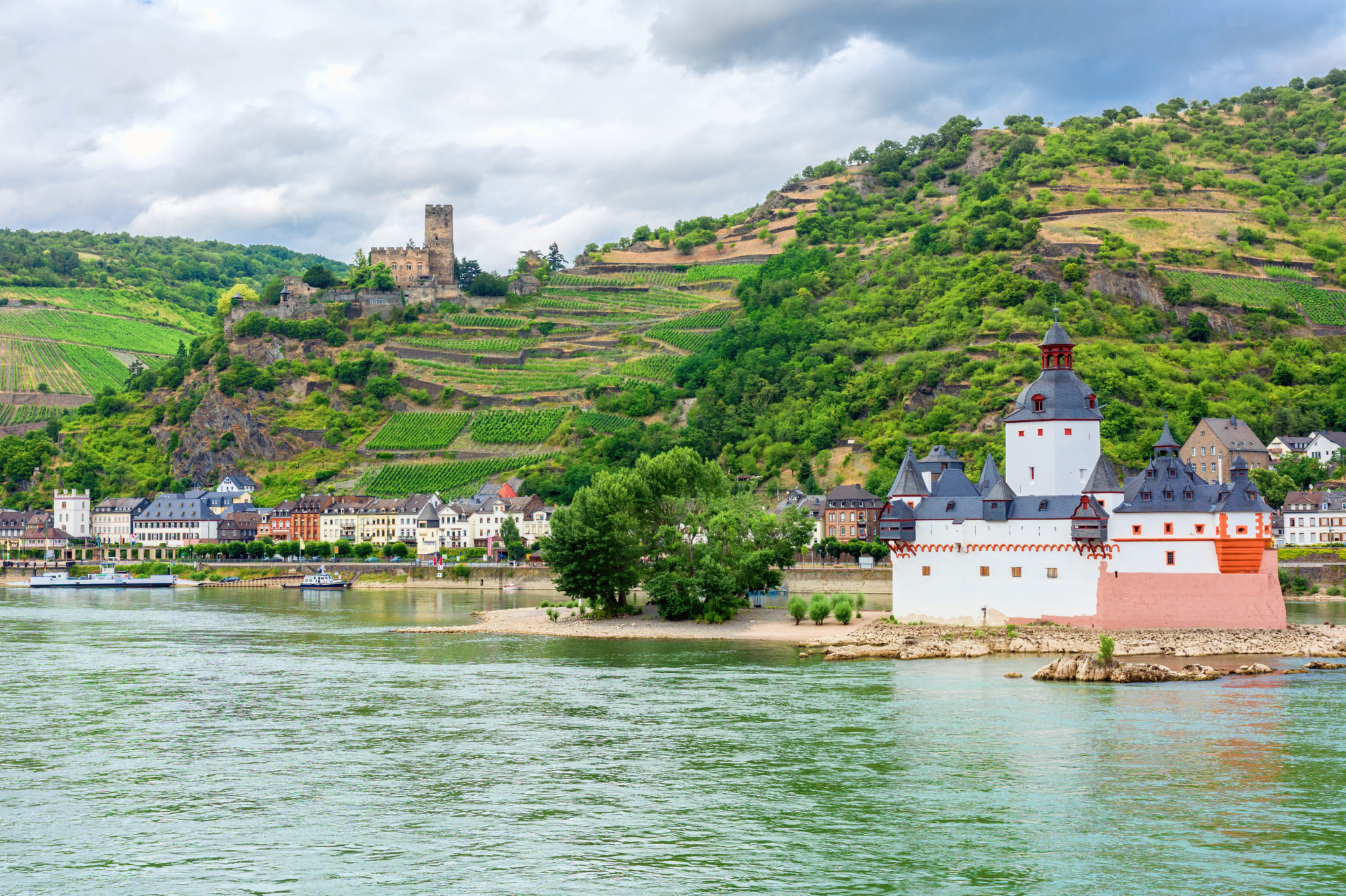 Treasures of Italy - Rhine, Pfalzgrafenstein Castle