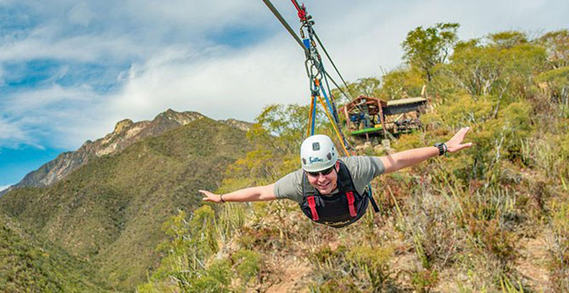 Zip lining through Boca De Sierra National Park