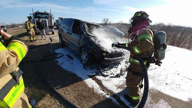 Crew fights roadside minivan fire on Beltline