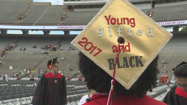 UW students share advice as they graduate college