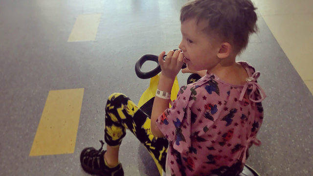 Young cancer patient to celebrate birthday by donating hundreds of toys to other patients