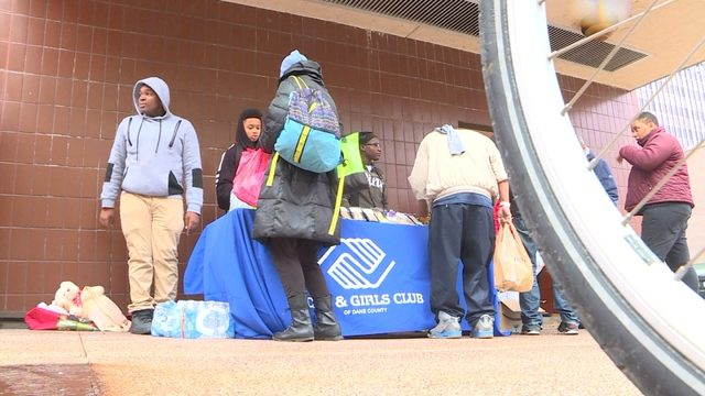 Retired Boys and Girls Club custodian inspires teens to feed the homeless