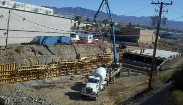 LAKE HAVASU AVE. BOX CULVERT - Lake Havasu City, AZ. Concrete box culverts, water line relocation, and sewer modifications.
