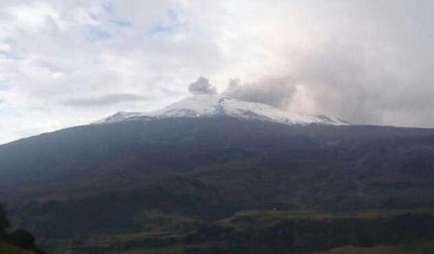VolcanNevadodelRuizRefCOLPRENSA1.jpg