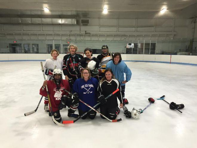 Mom's Hockey
