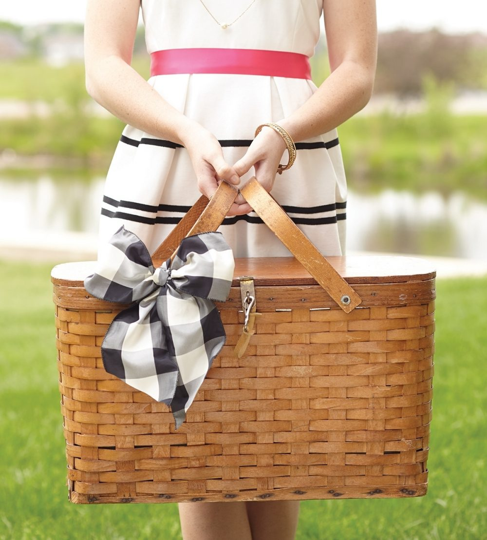 An after-church Sunday picnic should focus on making friends and sharing the goodness of the Lord rather than hours of prep work, so make it easy to pack your basket.