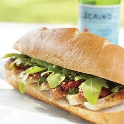 hol11-rosemarychicken-pesto-sandwich