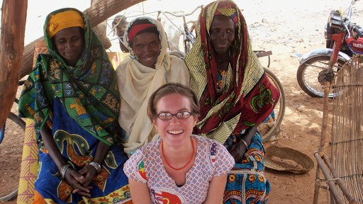 Kait with the Sesame Coop Female Leaders in Burkina Faso