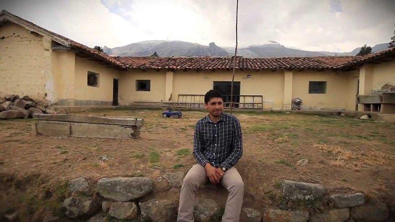 Buying trash changes a community in Peru