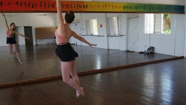 Dancing in the studio before Maria.