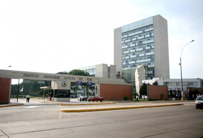 Cierres temporales en la avenida Universitaria por instalación de red de gas