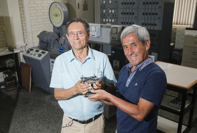 ¡Nueva patente PUCP! Indecopi reconoce invento de dos de nuestros docentes