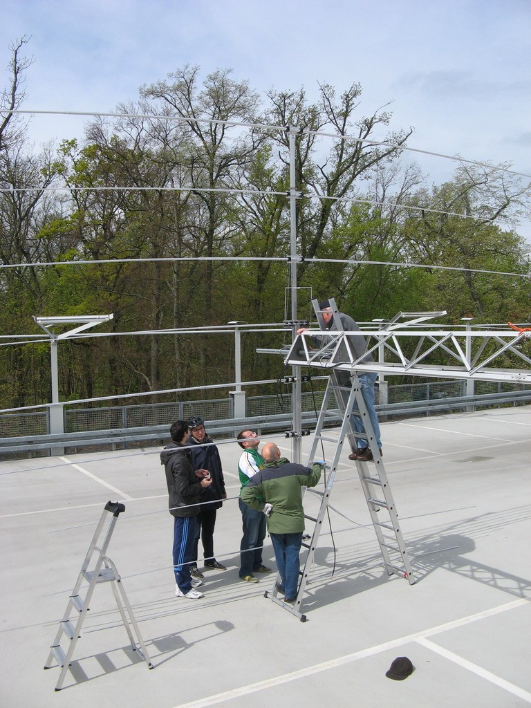 Javier, Manfred, Artur, Alessandro and Boris mounting new Yagi Antenna