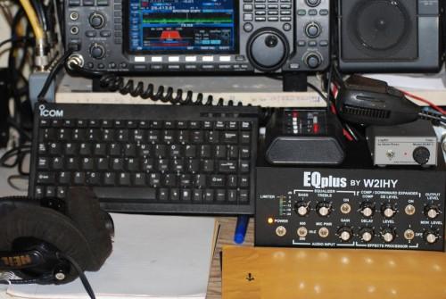 Keyboard and EQ PLUS