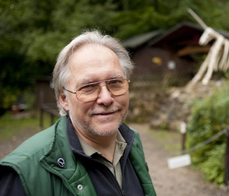 Dr. Ralf  Nielbock,  DK5AN