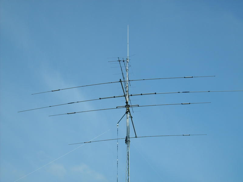 This is my antenne 10 20  and 40mtr HF