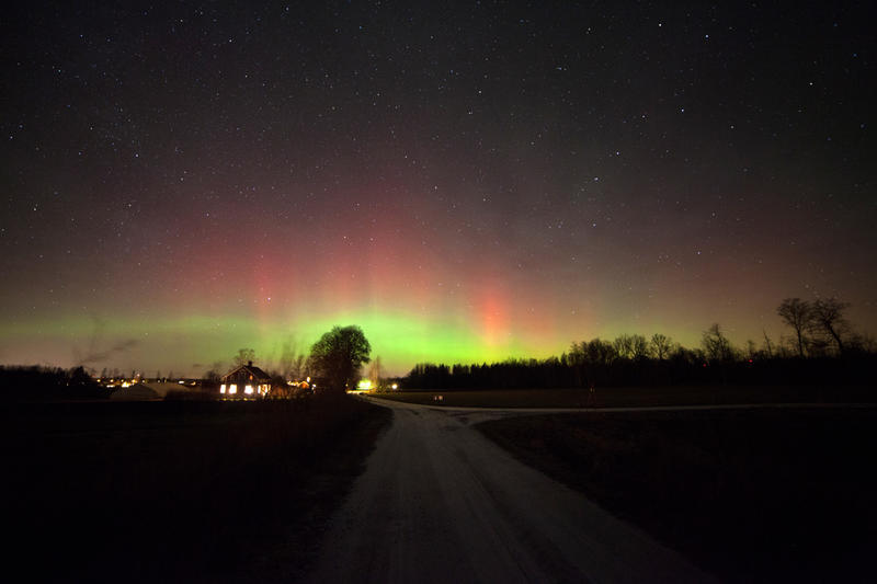 The aurora picture are taken at my Qth looking North