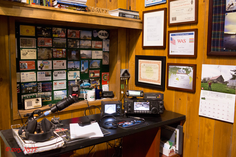 The ham shack in Mike Baxter's (Tim Allen) office (Photo: N3JF)